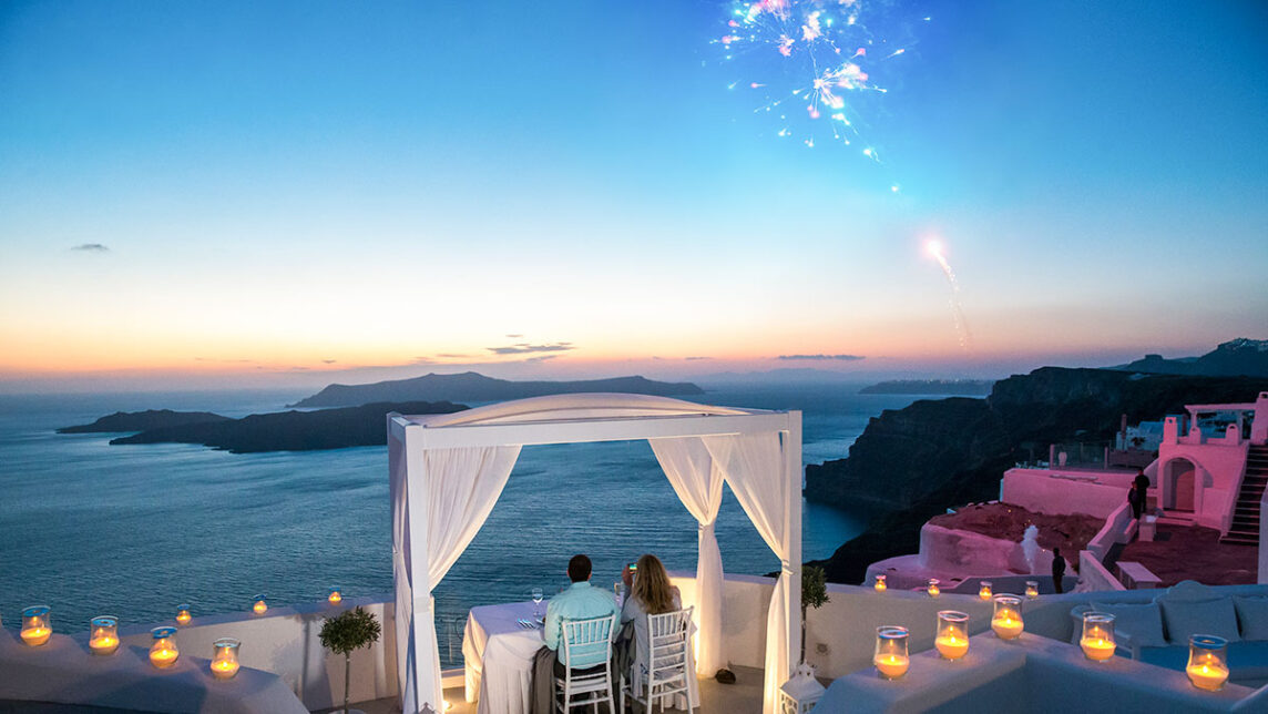 tyler-and-nicole-santorini-proposal